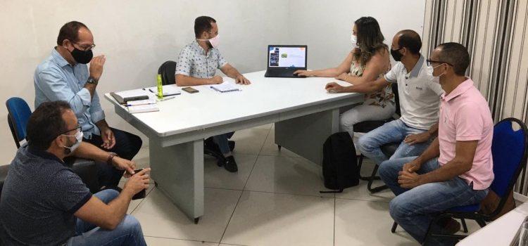 Cooperativa Central da Caatinga cumpre agenda com prefeitos e secretários de quatro municípios da região norte da Bahia